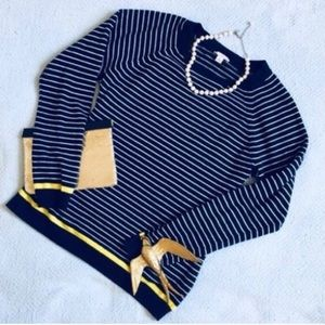Gap blue and white striped sweater